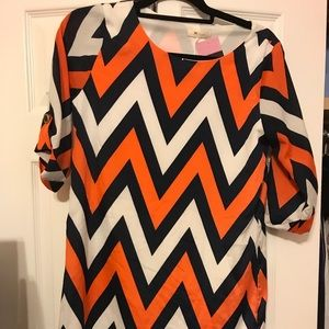Dresses & Skirts - NWT. Orange navy white chevron dress. Size S.